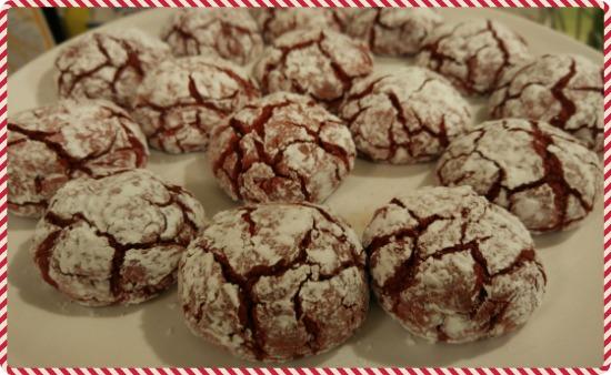 Una receta muy fácil de las galletas velvet.