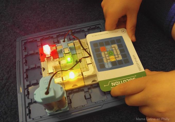luces encendidad de Circuit maze Thinkfun