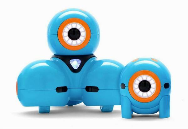 Dash and dot. Robots que se programan a base de códigos de bloque. Juguetes Stem para esta navidad.