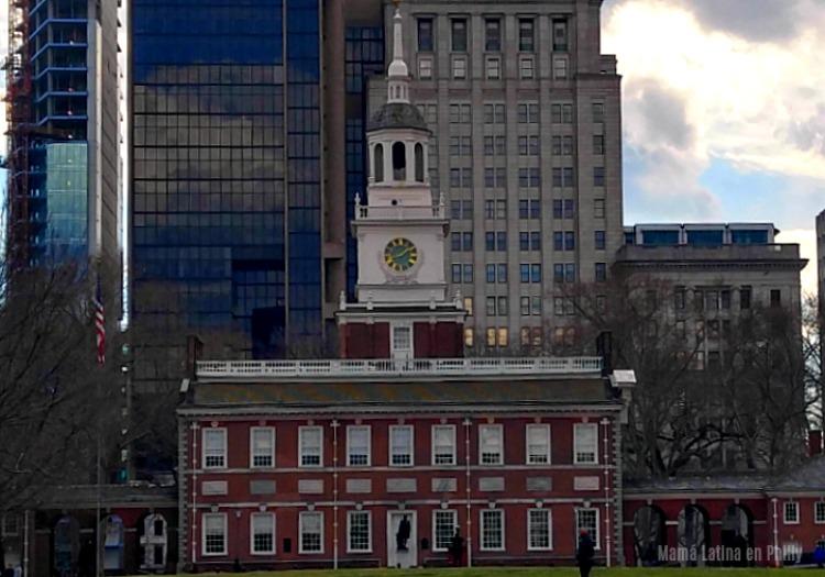 Caminando por el Centro Historico de Philadelphia - Independence Hall