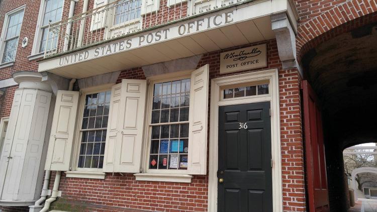 Benjamin Franklin Post Office en el Centro histórico de Philadelphia