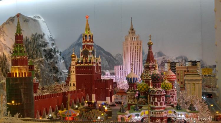 Rusia en miniatura en Gulliver's Gate