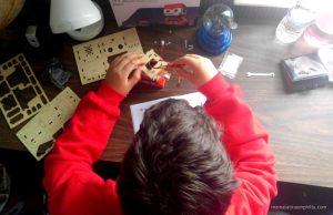 Construyendo y aprendiendo con Spacebot el pequeño robot