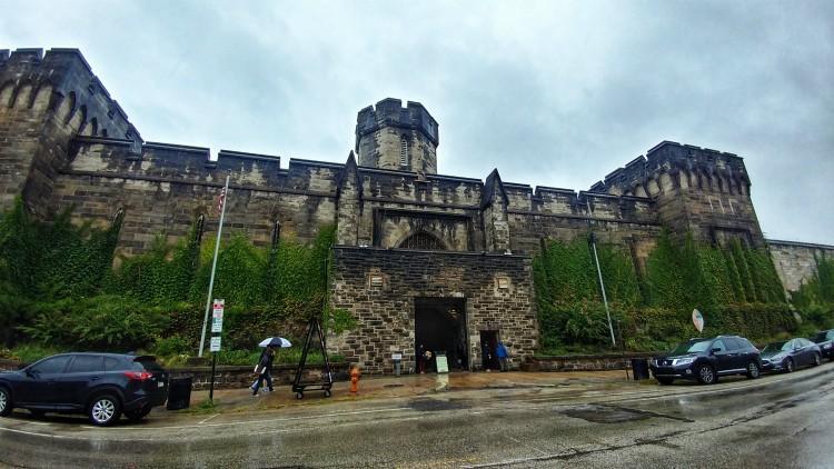 La fachada de la cárcel Eastern State Penitentiary en Filadelfia