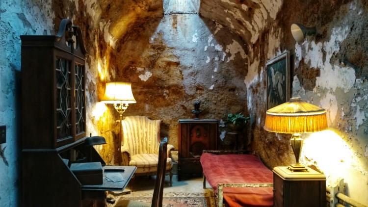 Dentro de la celda de Al Capone en la cárcel de Filadelfia