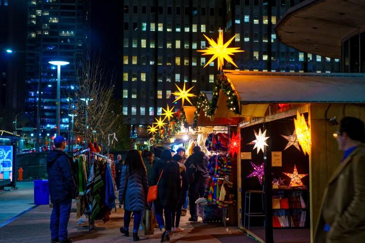El tradicional Christmas Village en FIladelfia