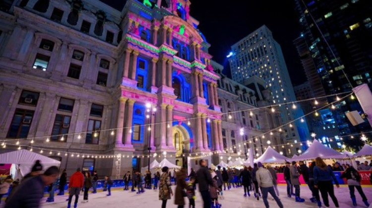 Patinaje y luces de navidad en Dillworth Park City Hall Filadelfia Philadelphia